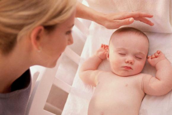 Dormir-con-el-bebe-aumenta-el-riesgo-de-muerte-subita-1
